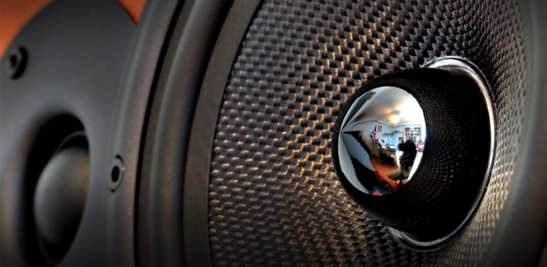 Headphones | Speakers